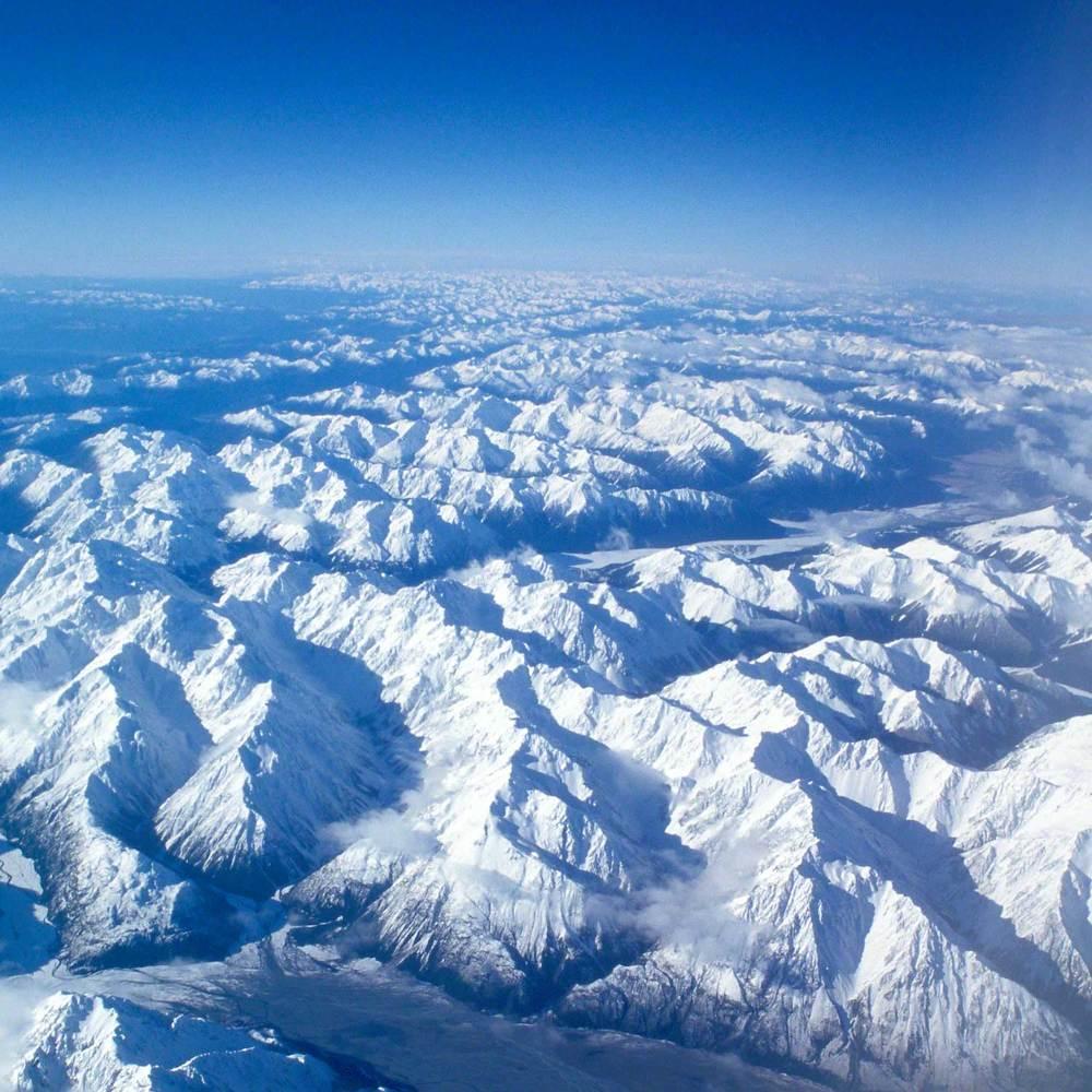 Warren-Hinder-LR-NZ-Alps.jpg