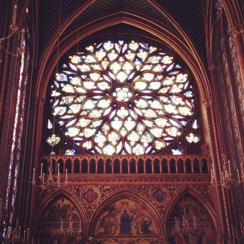 The Apocalypse as told in the stained glass of Sainte-Chapelle's Rose Window