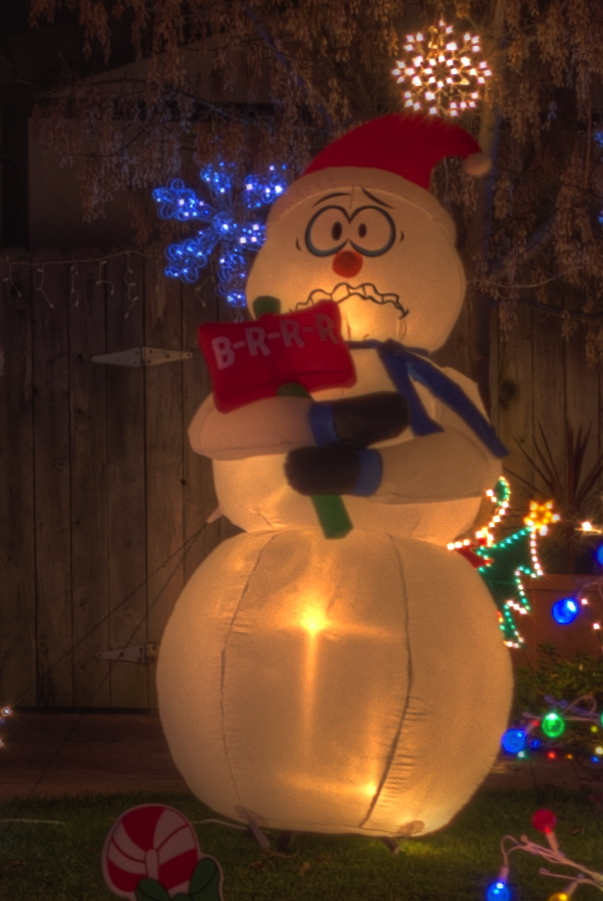 Shivering snowman b r r r