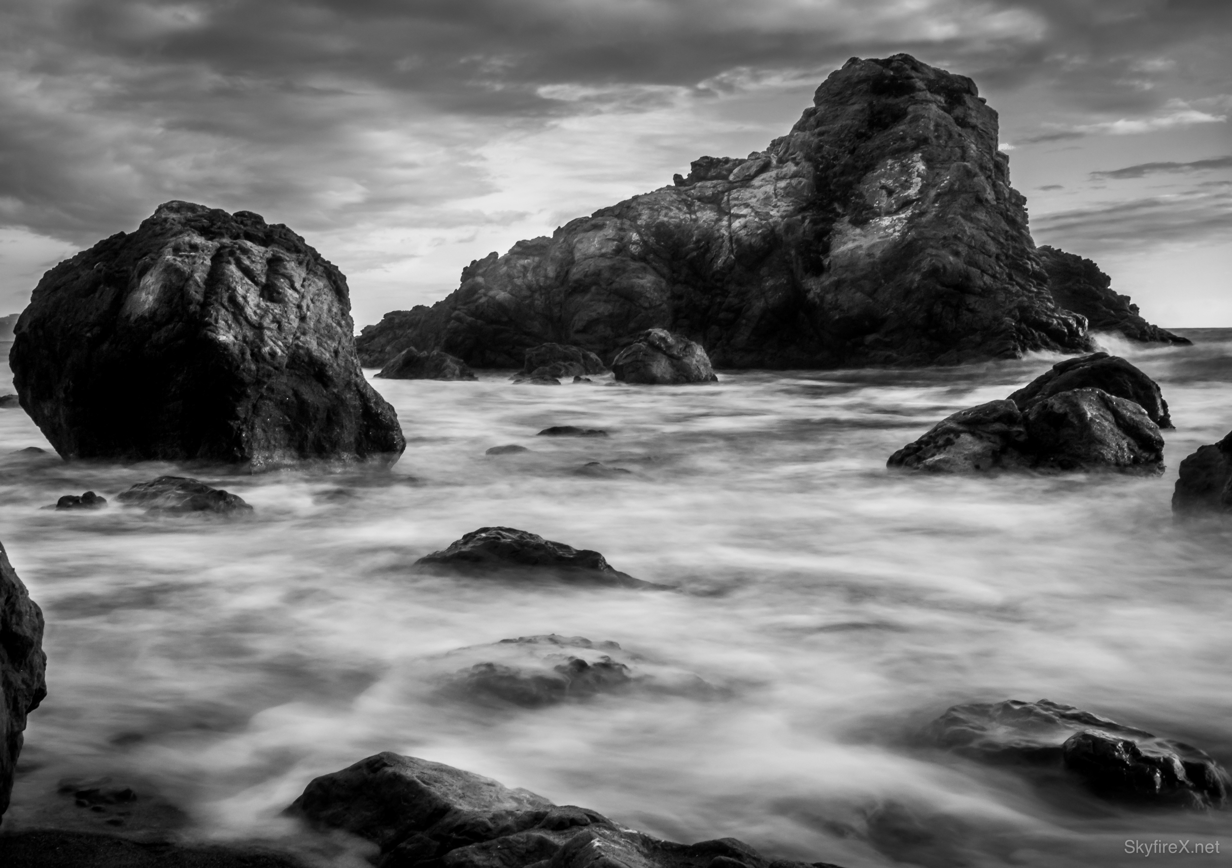 Oct 24 powerful black white seascape