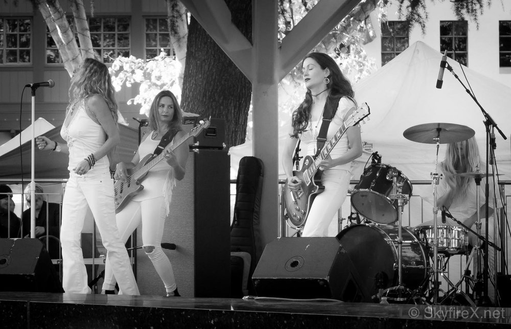 Left to right: Vocals - Noelle Doughty, Bass - Angeline Saris, Guitar - Gretchen Menn, Drums - Clementine.