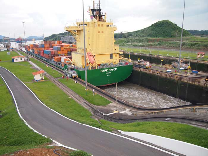 PanamaCanal-p2-wr.jpg