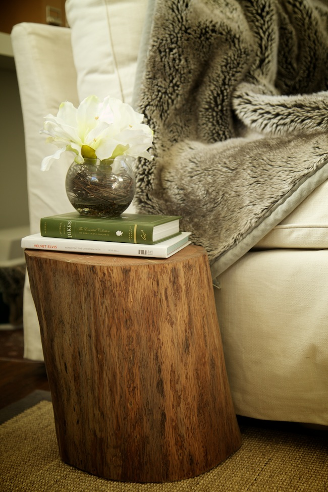 How to make a DIY tree stump table