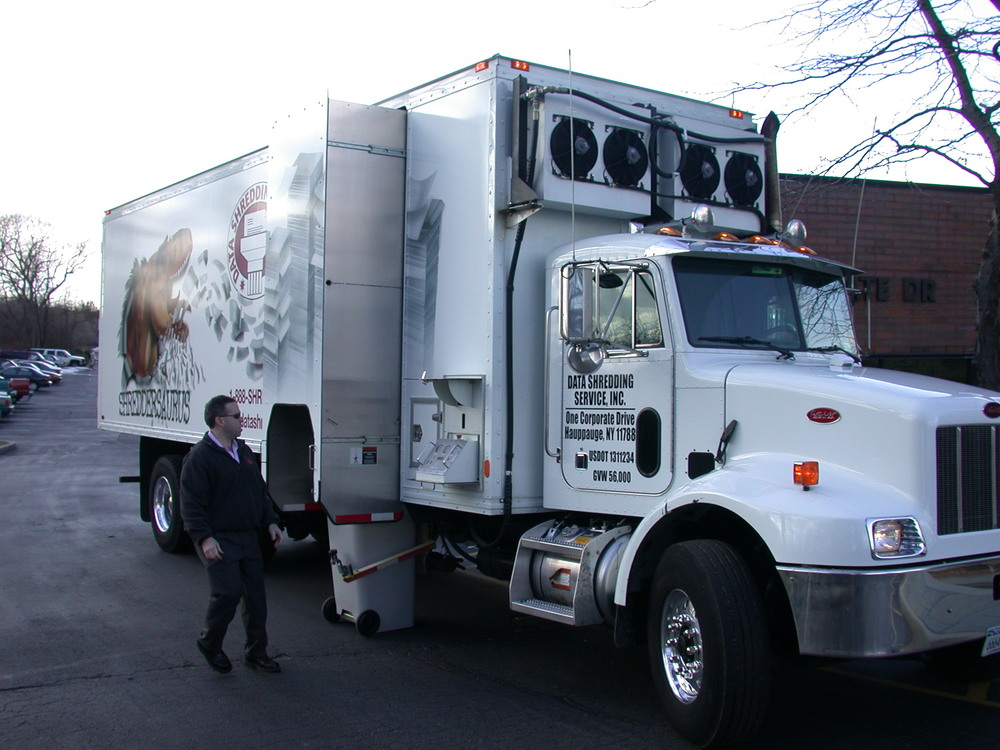 mobile paper shredding service