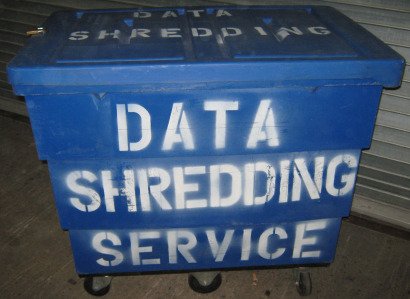 "Large volume capacity shredding ""Blue Bin""."