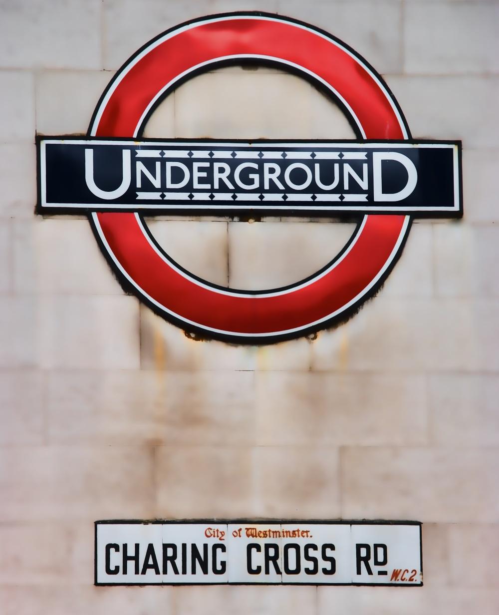 Tube stop at Charing Cross.jpg