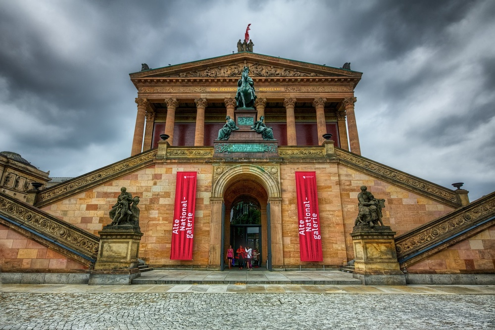 BerlinMuseumfrontHDR.jpg