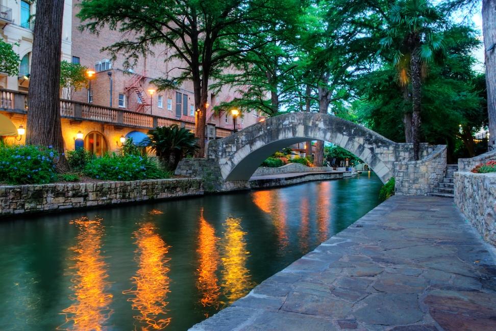 SA Riverwalk bridge HDR - Version 2.jpg