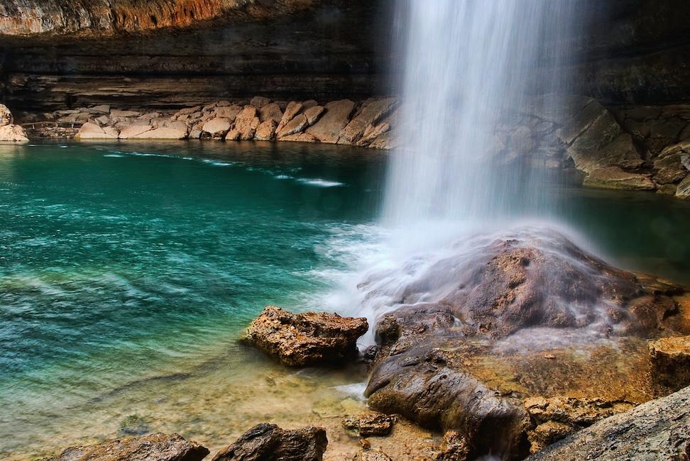 Hamilton pool waterfall nomadic pursuits a blog by jim nix for Pool design hamilton