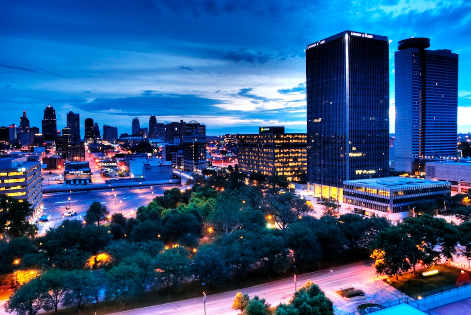 A Blue Hour Moment In Kansas City Nomadic Pursuits A