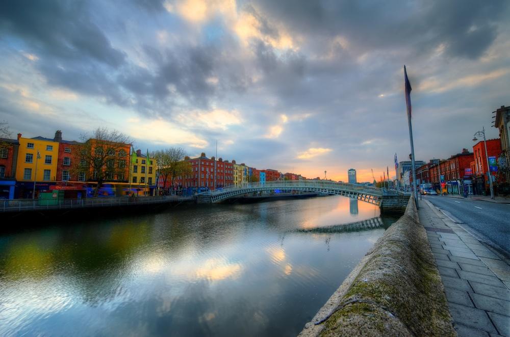 DublinLiffeySunrise.jpg