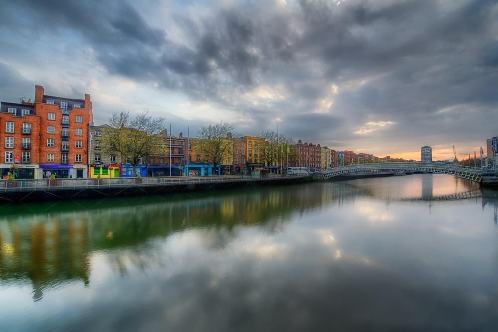 DublinLiffeySunrise2.jpg