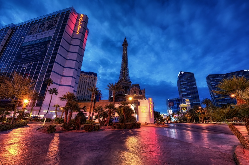 Blue hour on the Las Vegas Strip...so beautiful that time of day!