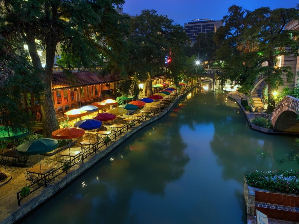 San-Antonio-Casa-Rio-HDR-blue-hour-1.jpg