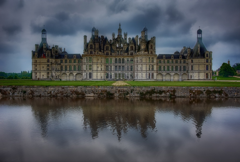 My favorite view of Chateau de Chambord - so awesome!  I think of this as the front, but technically it's more like the back.  Either way, it's incredible.  I have a million pics from this spot!  And quite a few versions of this photo below!  This version was edited with Color Efex Pro.