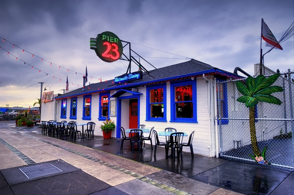 There are so many incredible things to shoot in San Francisco, CA.  Between them, I stopped and shot Pier 23 Cafe.  Ain't it cool?  I love little spots like this - so much personality.
