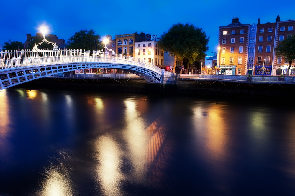the ha'penny bridge during blue hour one morning