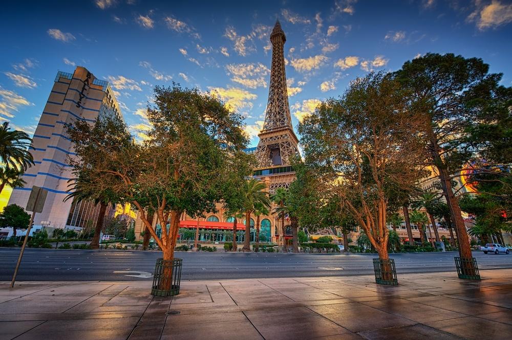 sunrise in front of paris las vegas