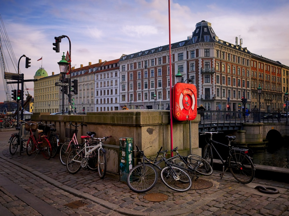 Copenhagen-Denmark-Nyhavn-morning-March15-1e.jpg
