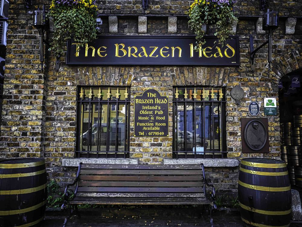The brazen head - ireland's oldest pub, and one of my favorite spots to stop in for a pint!