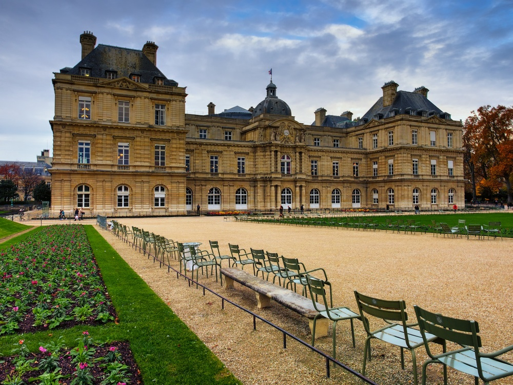 walking in the jardin du luxembourg, which is fabulous even in the late fall.
