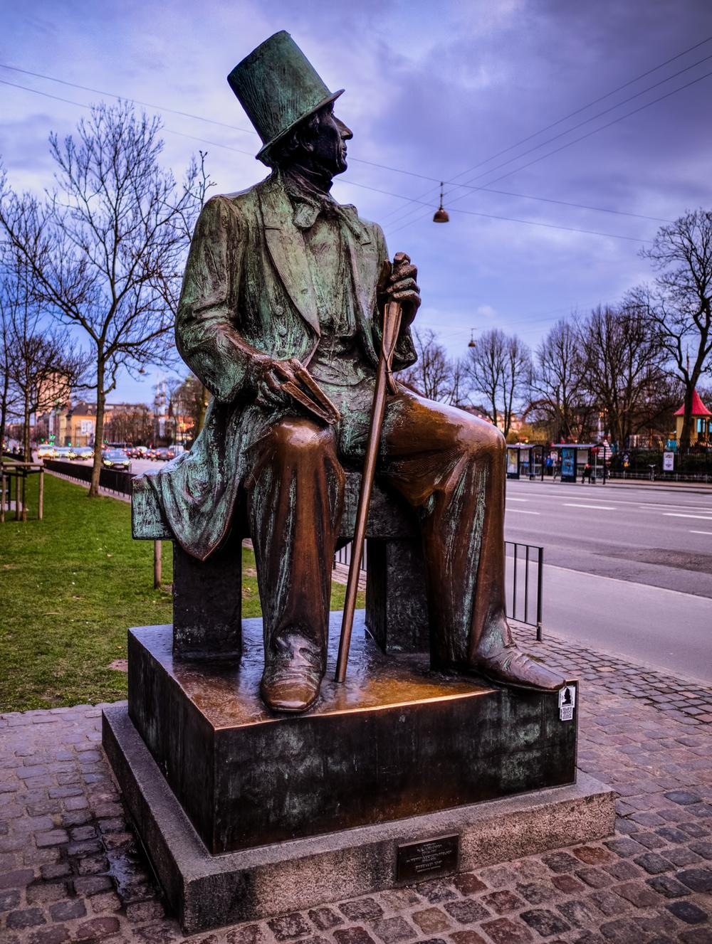 hans christian andersen statue near tivoli gardens