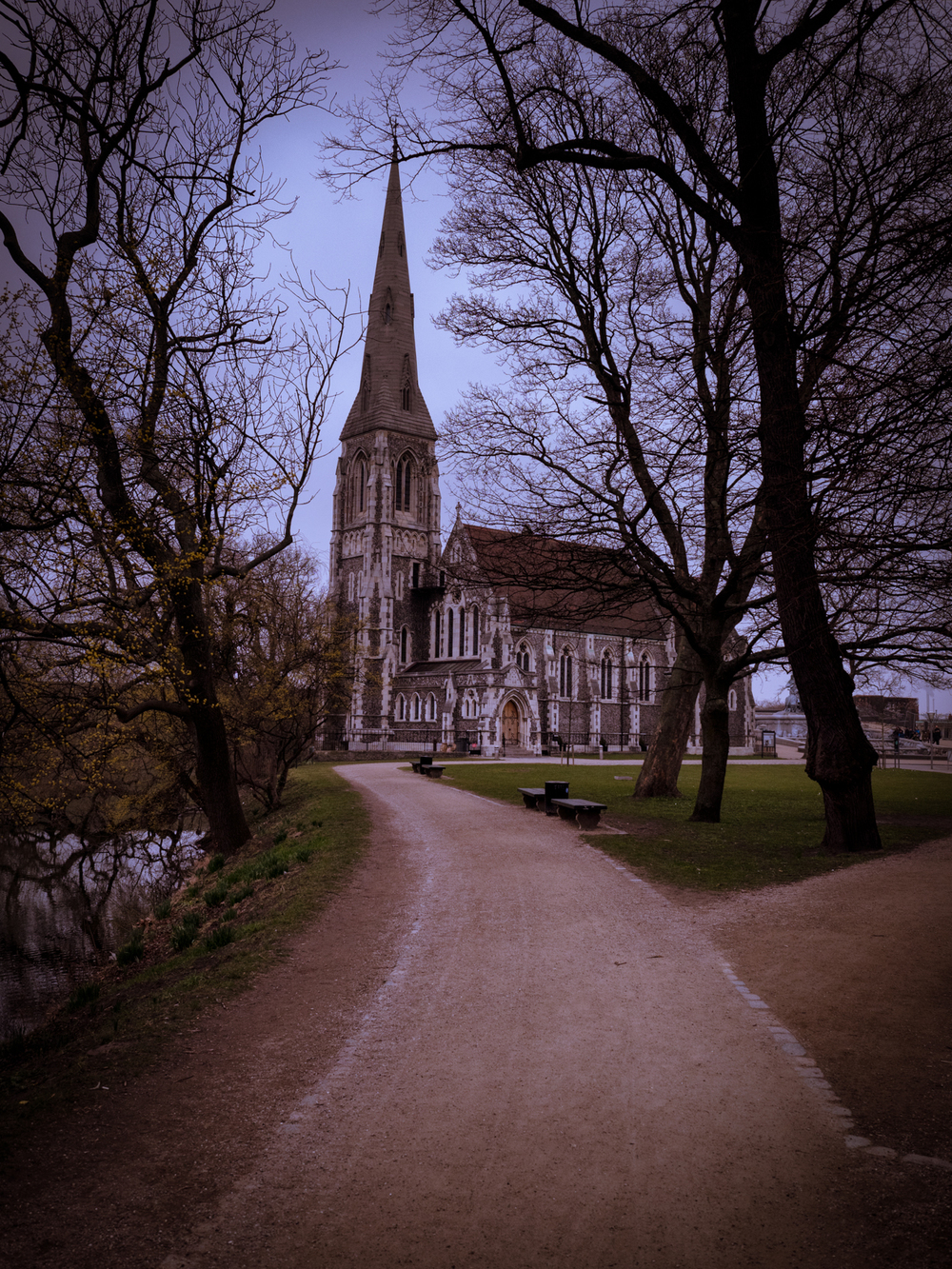 the path to st alban's as i approached - loved the trees framing it.