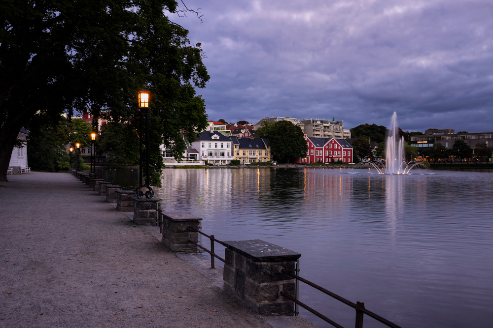 The lake in the center of Stavanger during blue hour