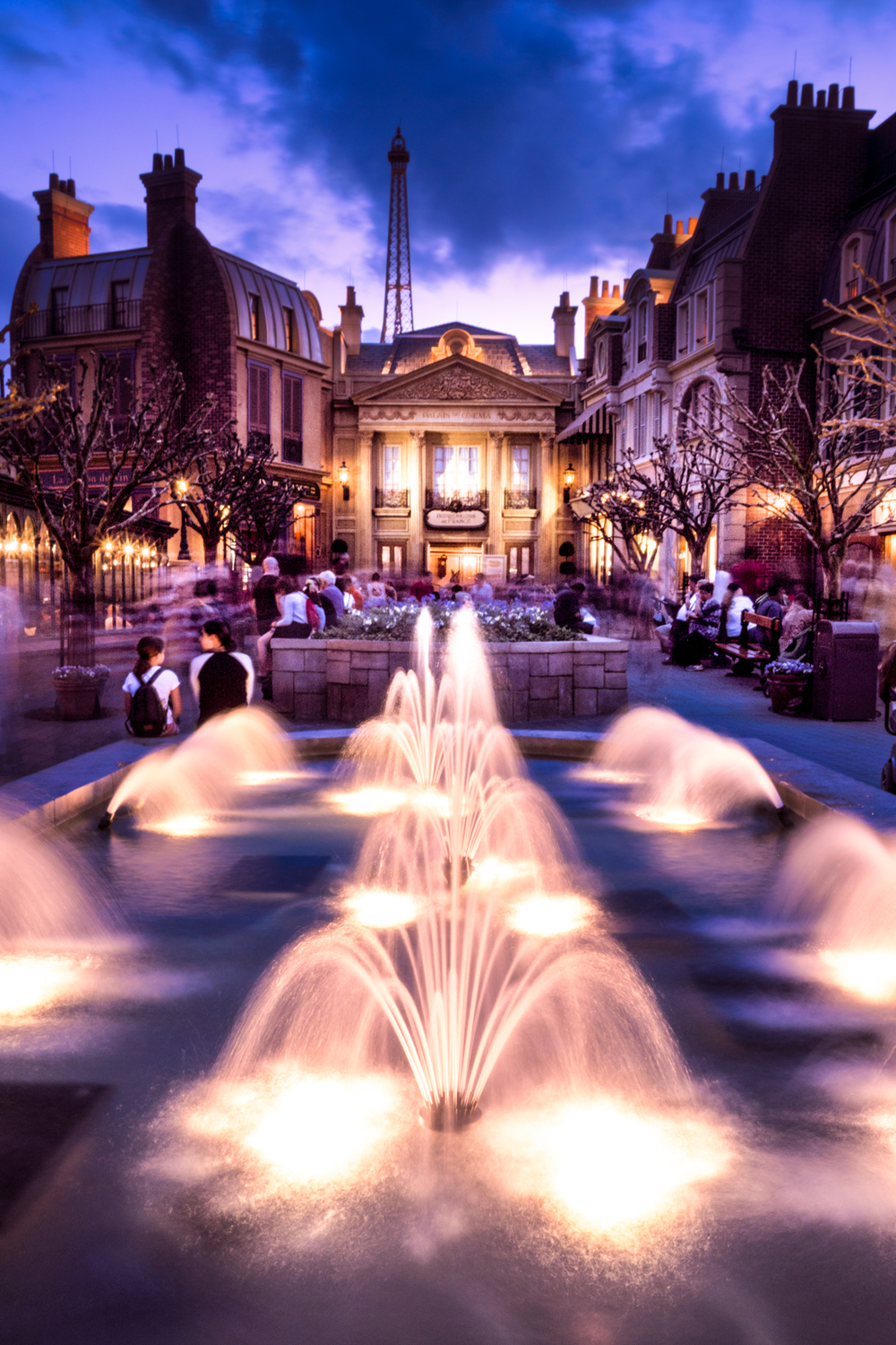 My favorite shot, of the fountains in the France Pavilion.
