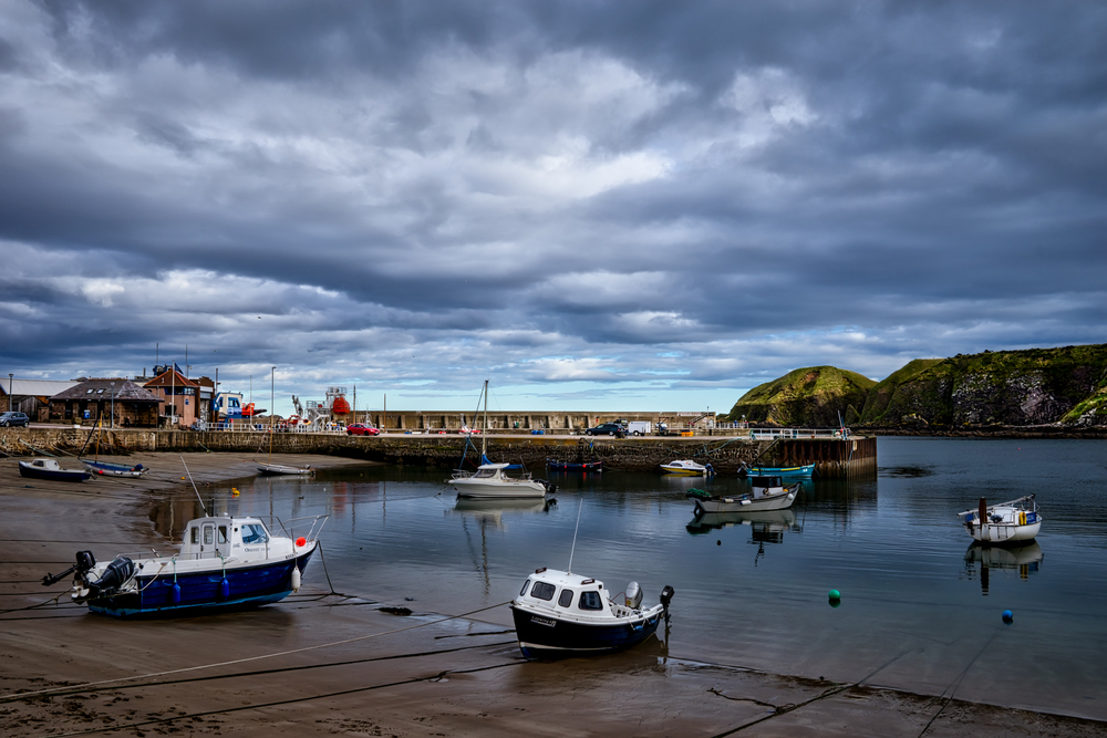 3 exposure HDR, f/9, handheld, ISO 100, 32mm  -- Stonehaven, Scotland