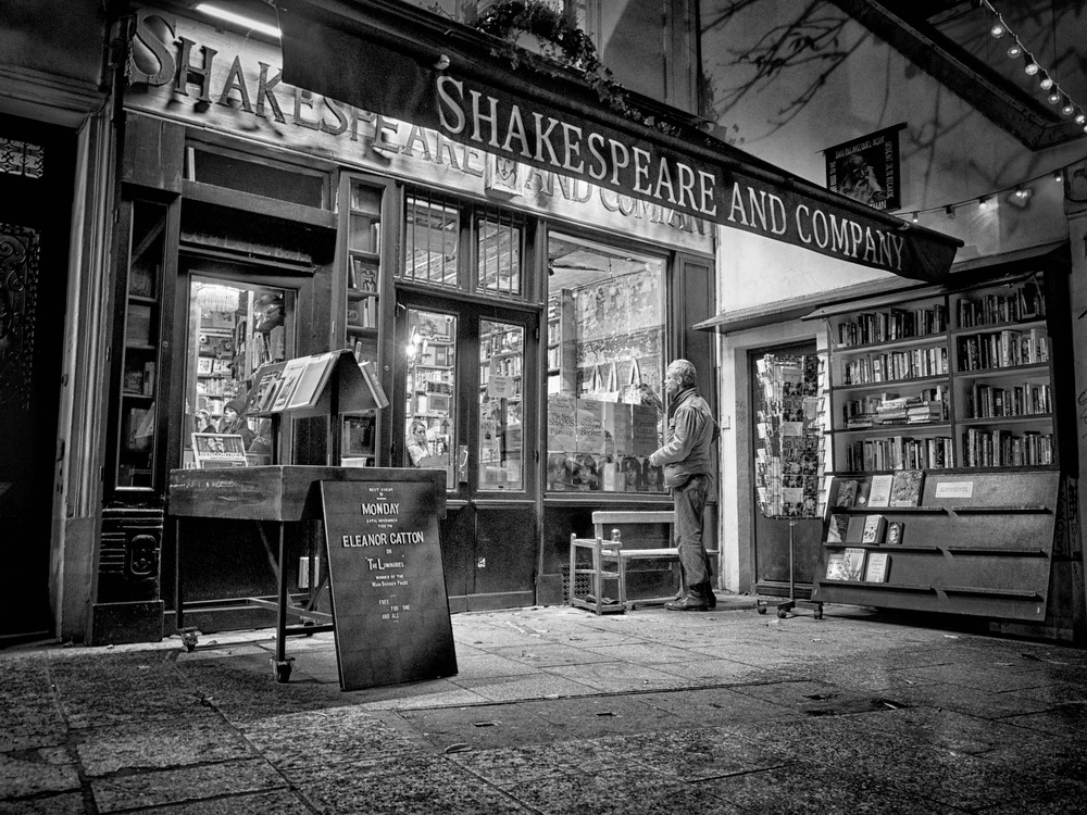 The famous Shakespeare and Company bookstore... that gentleman just happened to walk up while I was prepping for my shot.