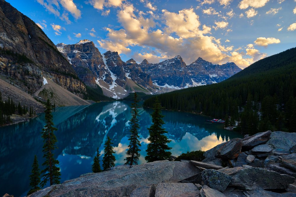 Moraine-Lake-HDR.jpg
