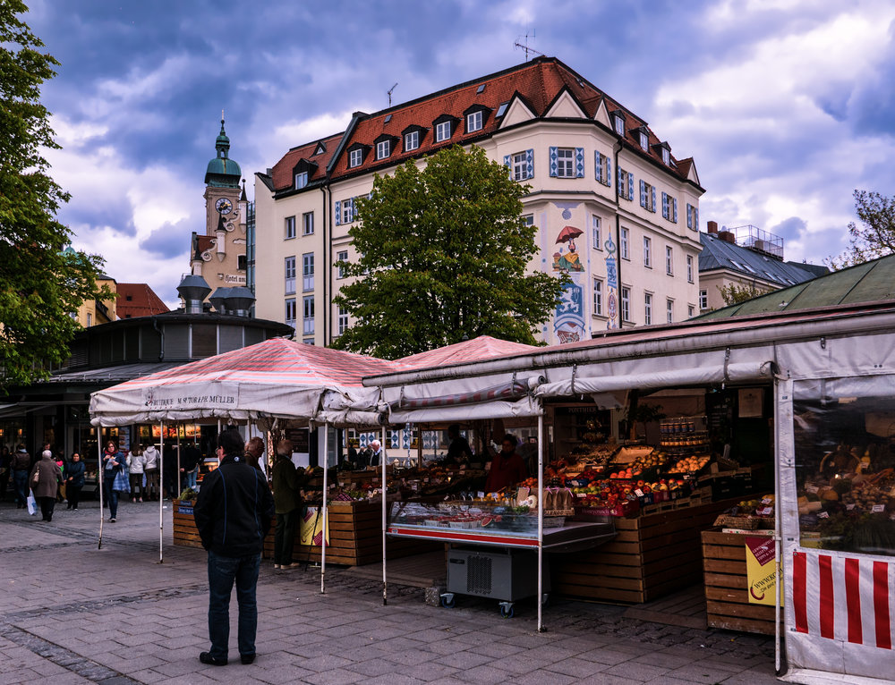 Munich-Viktualienmarkt-afternoon.jpg