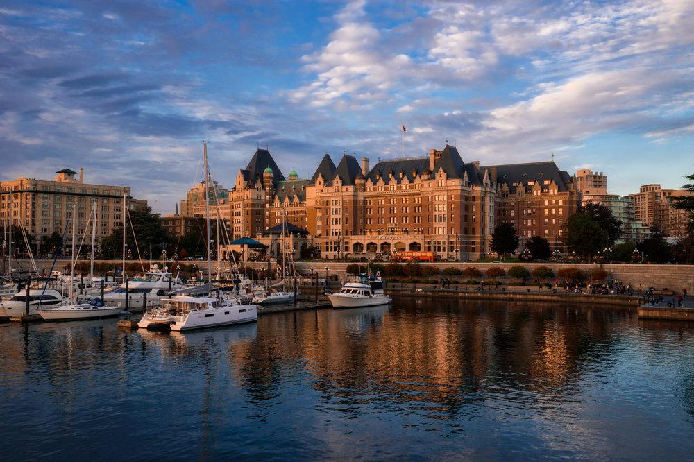 Canada-British-Columbia-Victoria-Empress-harbor-HDR-1.jpg