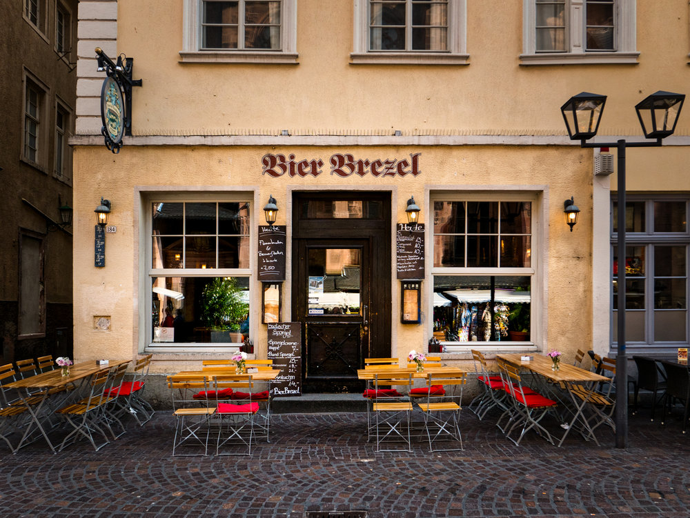 Germany-Heidelberg-Bier-Brezel.jpg