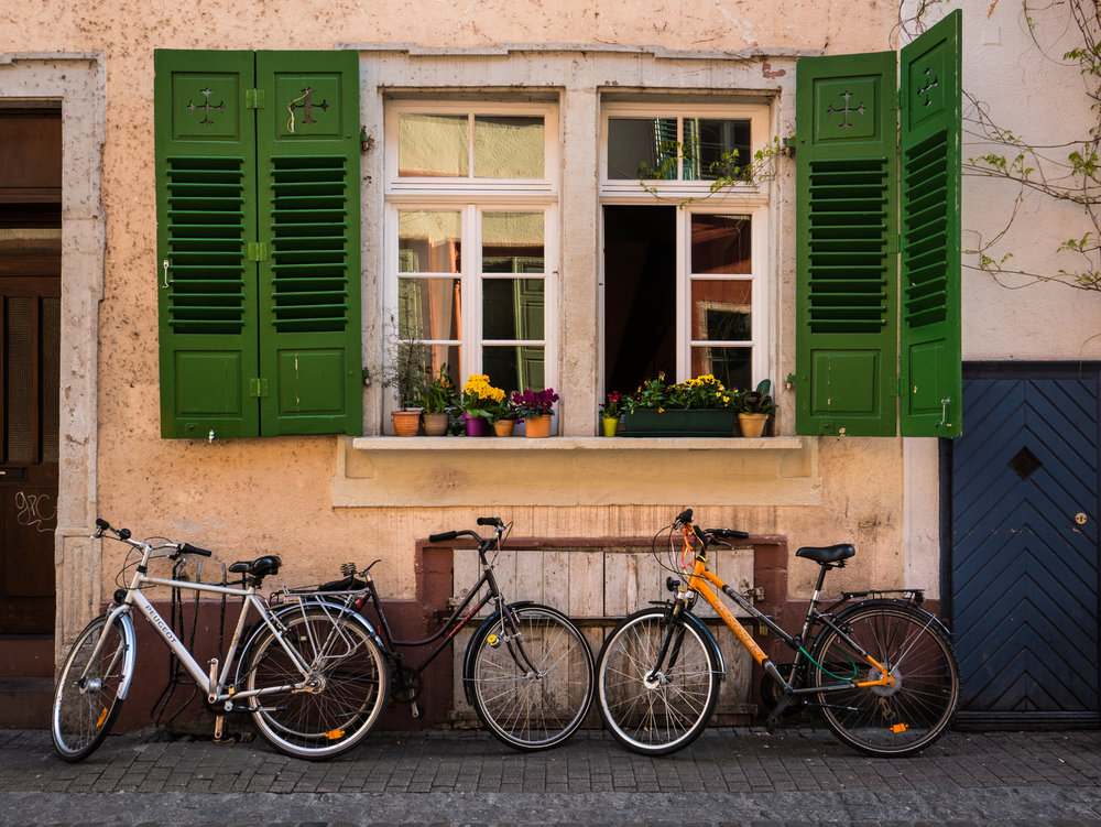 Germany-Heidelberg-altstadt-bicycles.jpg