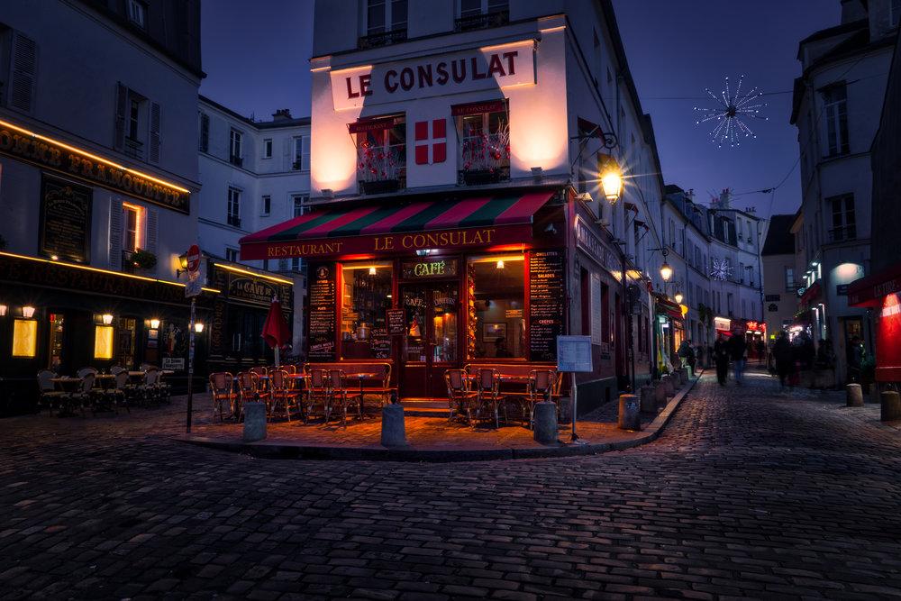 France-Paris-Montmartre-Le-Consulat-twilight.jpg
