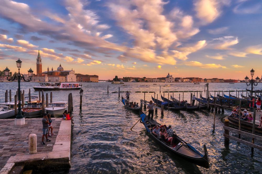 Italy-Venice-promenade-gondolas-sunset-HDR.jpg