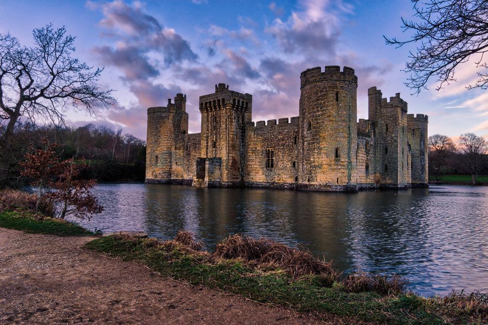 London-Jan18-Bodiam-Castle-HDR-sunset.jpg