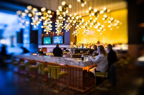 Chicago-March18-bar-Ritz-Lensbaby.jpg