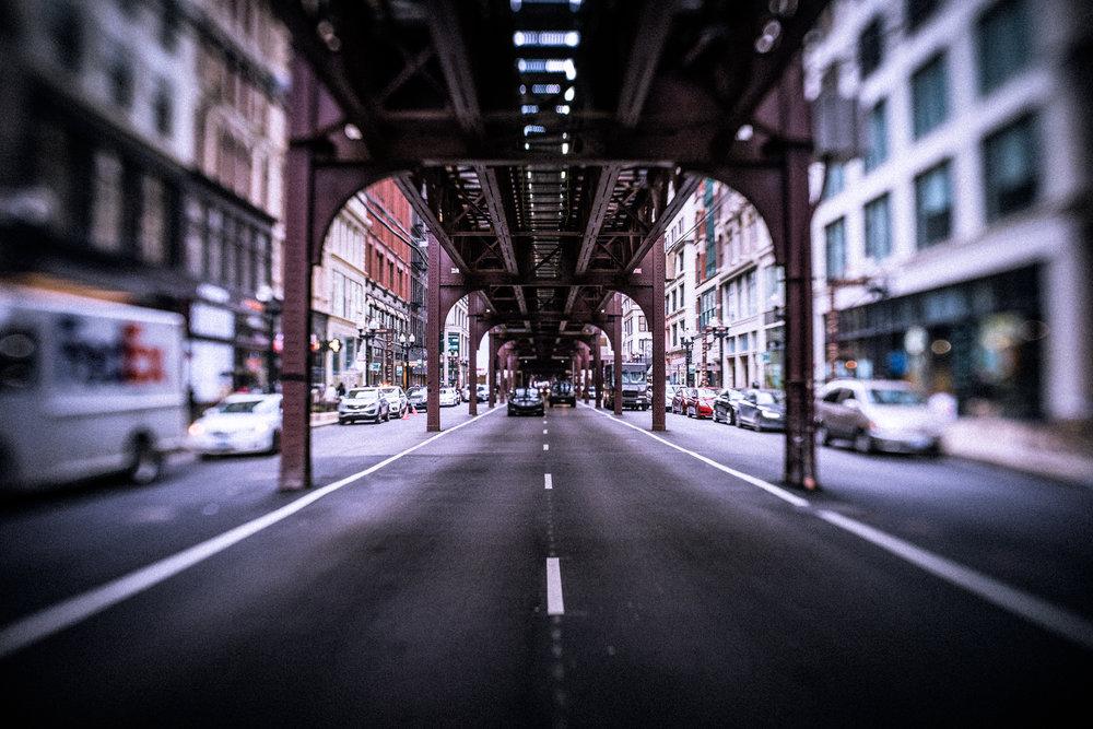 Chicago-March18-train1-Lensbaby.jpg