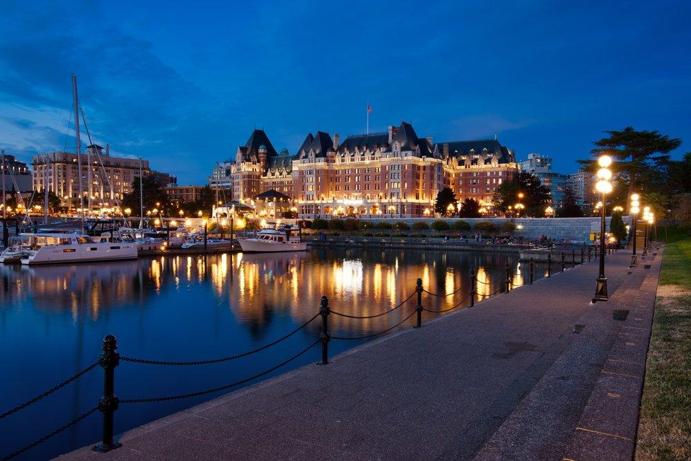 Canada-Victoria-harbor-Empress-bluehour1.jpeg