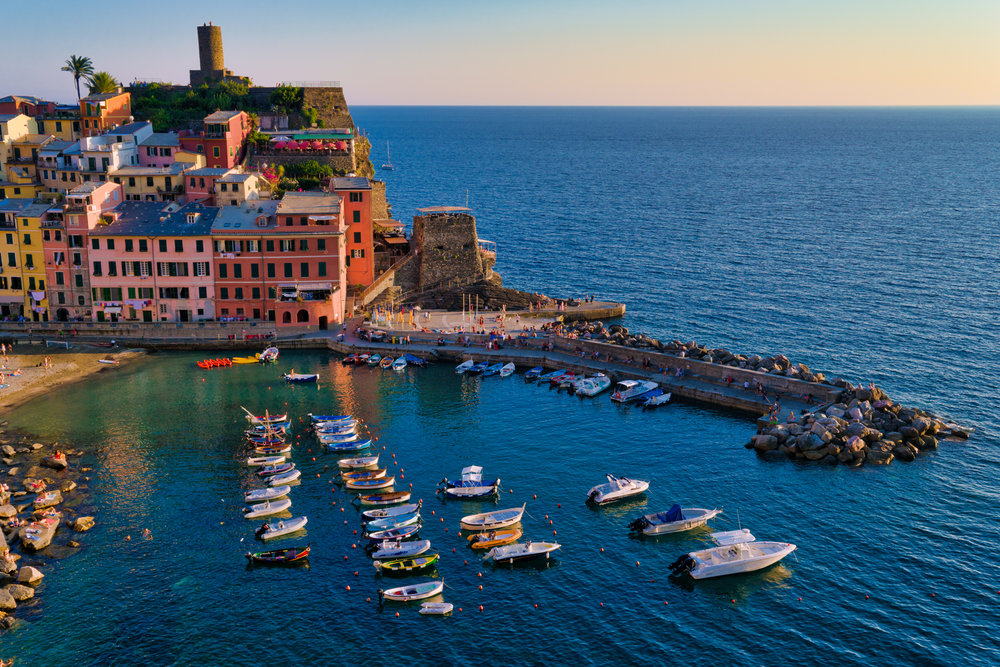 Italy-Cinque-Terre-Vernazza-highview1.jpg