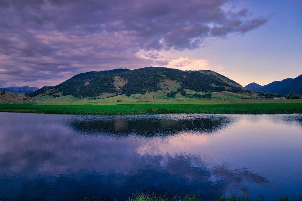 WY-JacksonHole-ElkRefuge-pond-sunset.jpeg