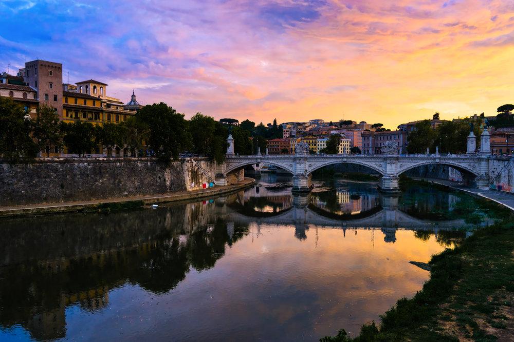 Rome-Tiber-River-view-sunset.jpg