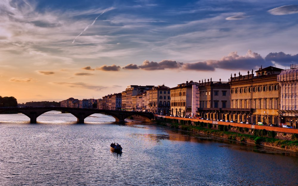Italy-Florence-River-Arno-golden-sunset copy.jpg