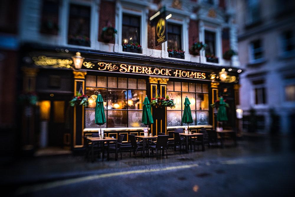 UK-London-Sherlock-Holmes-pub-Lensbaby.jpg