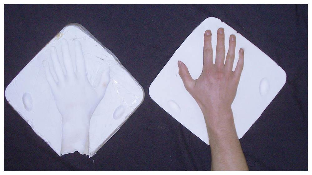 Hands_gallery3.jpg