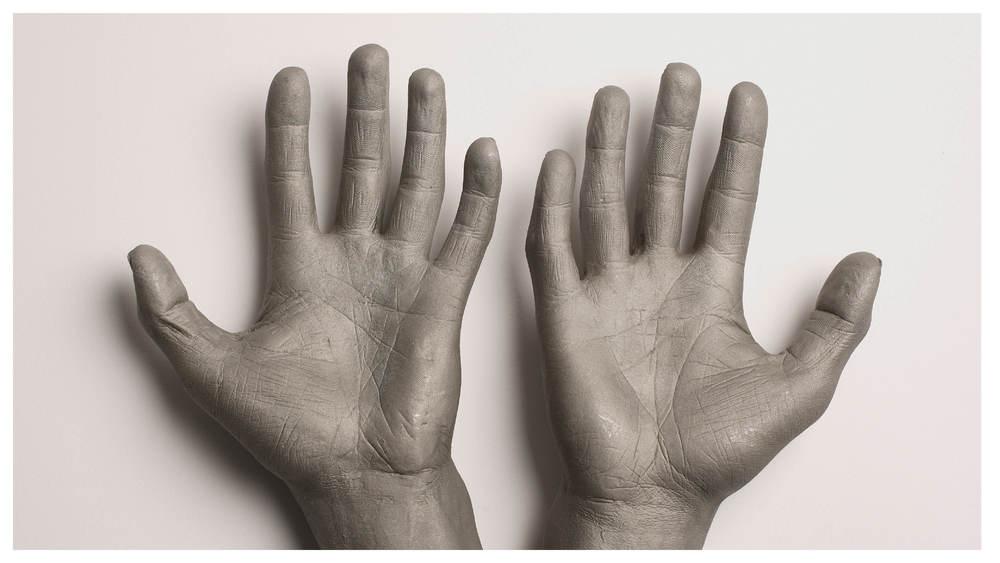 Hands_gallery19.jpg