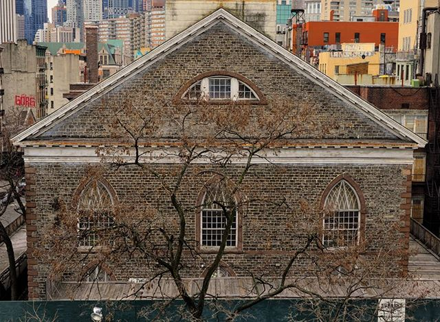 It might just be a building shaped brick wall.  #brick #brickhouse #newyork #brickwall